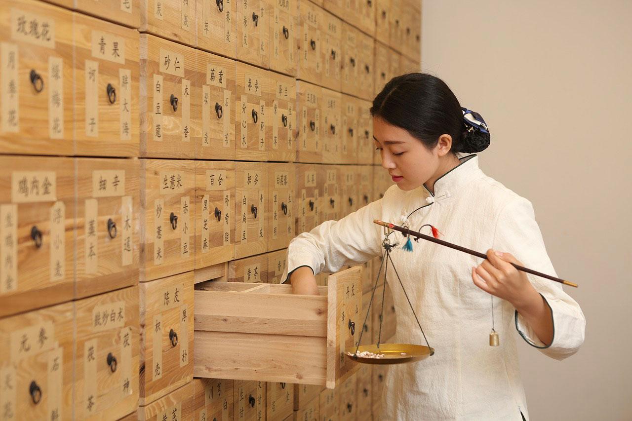 Médecine chinoise Lyon : se former et harmoniser l'énergie de son patient en employant le QI