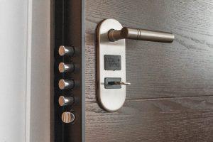 Porte Tordjman : sécurisez votre maison grâce à la porte renforcée