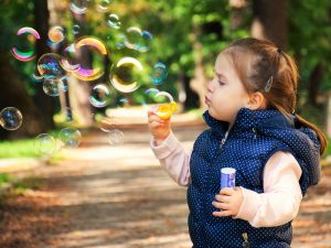 Garde d'enfant, nounou ou crèche : faites le bon choix !